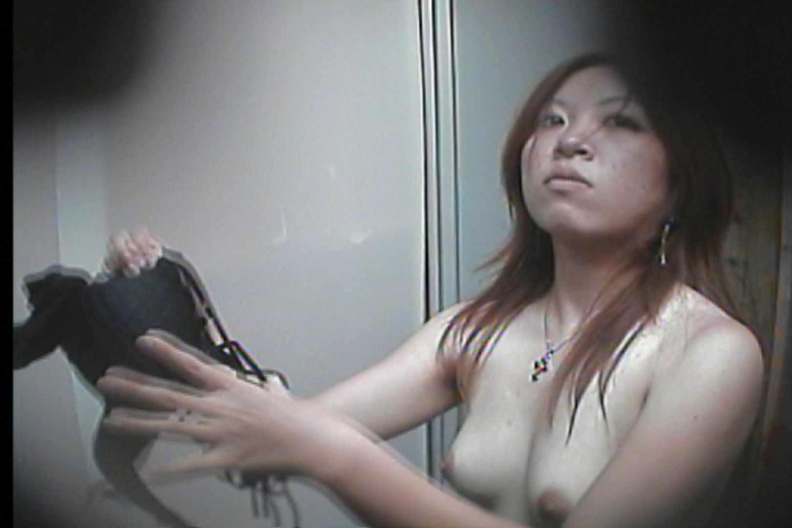 海の家の更衣室 Vol.16 いやらしいOL 盗撮動画紹介 98連発 54