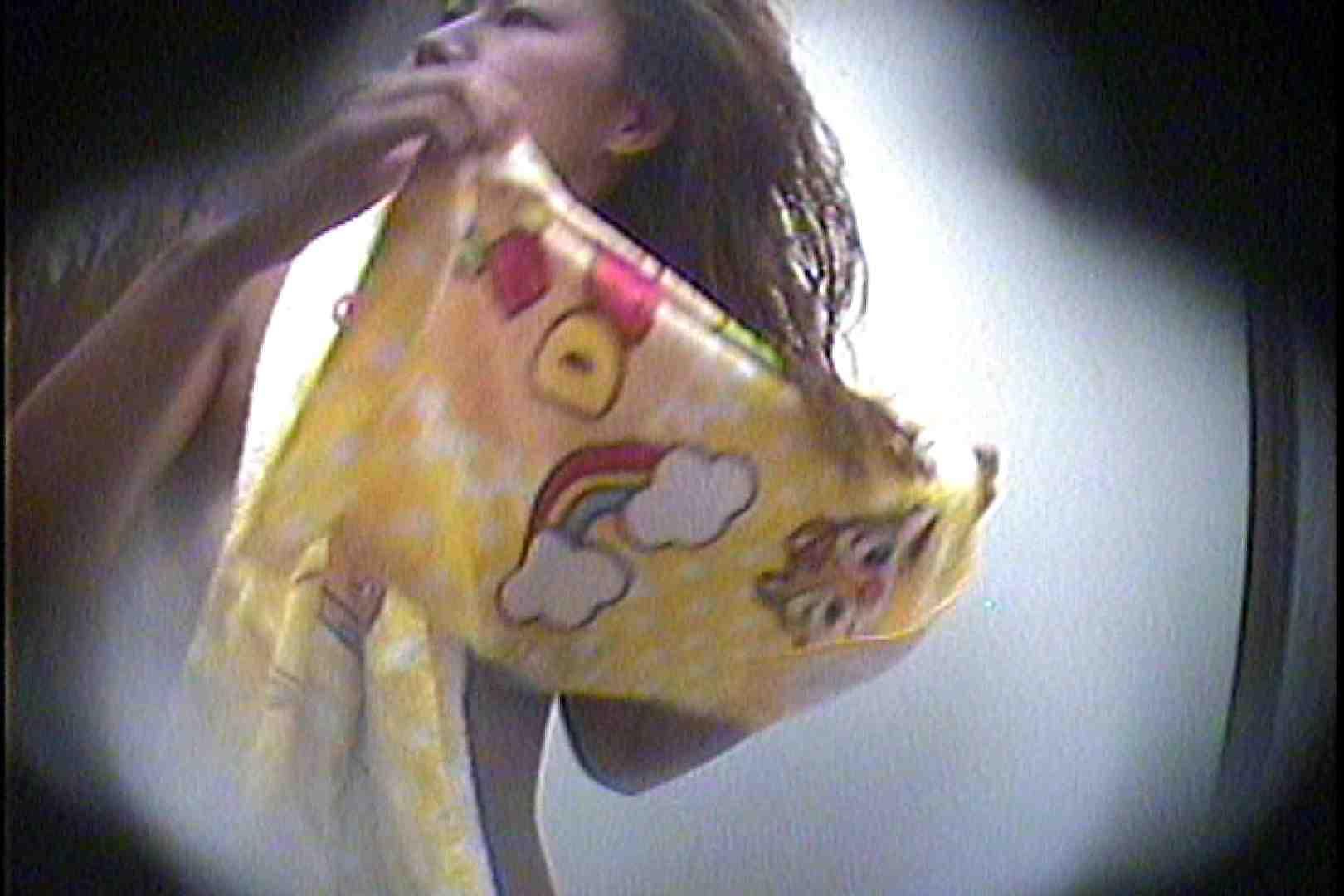 海の家の更衣室 Vol.23 美女 スケベ動画紹介 77連発 73