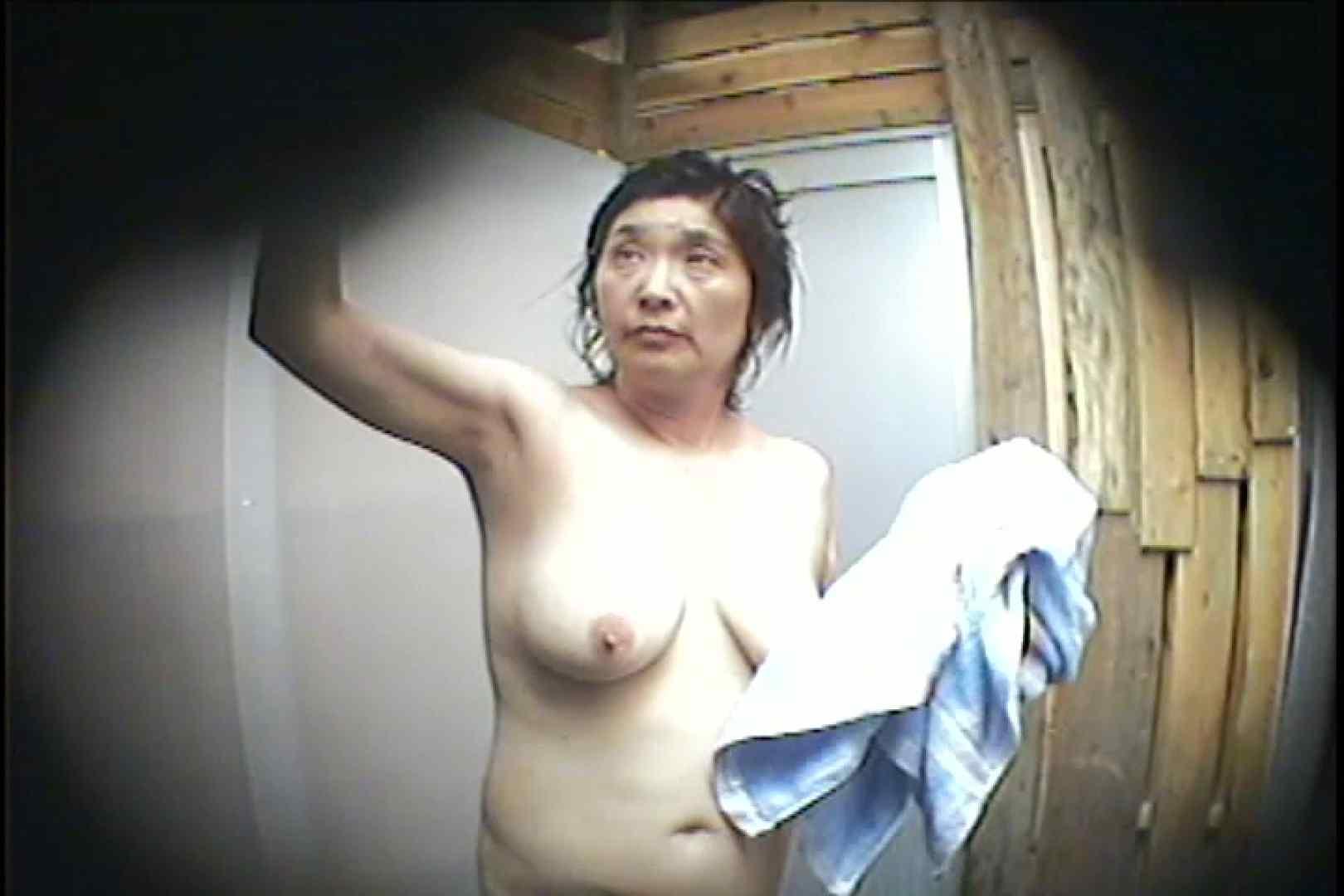海の家の更衣室 Vol.53 シャワーシーン セックス画像 66連発 47