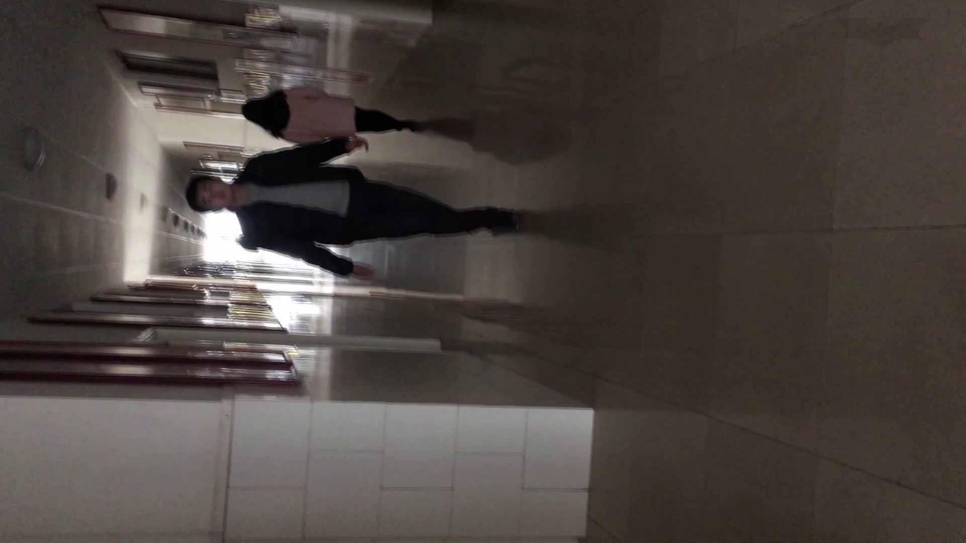 芸術大学ガチ潜入盗撮 JD盗撮 美女の洗面所の秘密 Vol.80 0 | 0  57連発 17