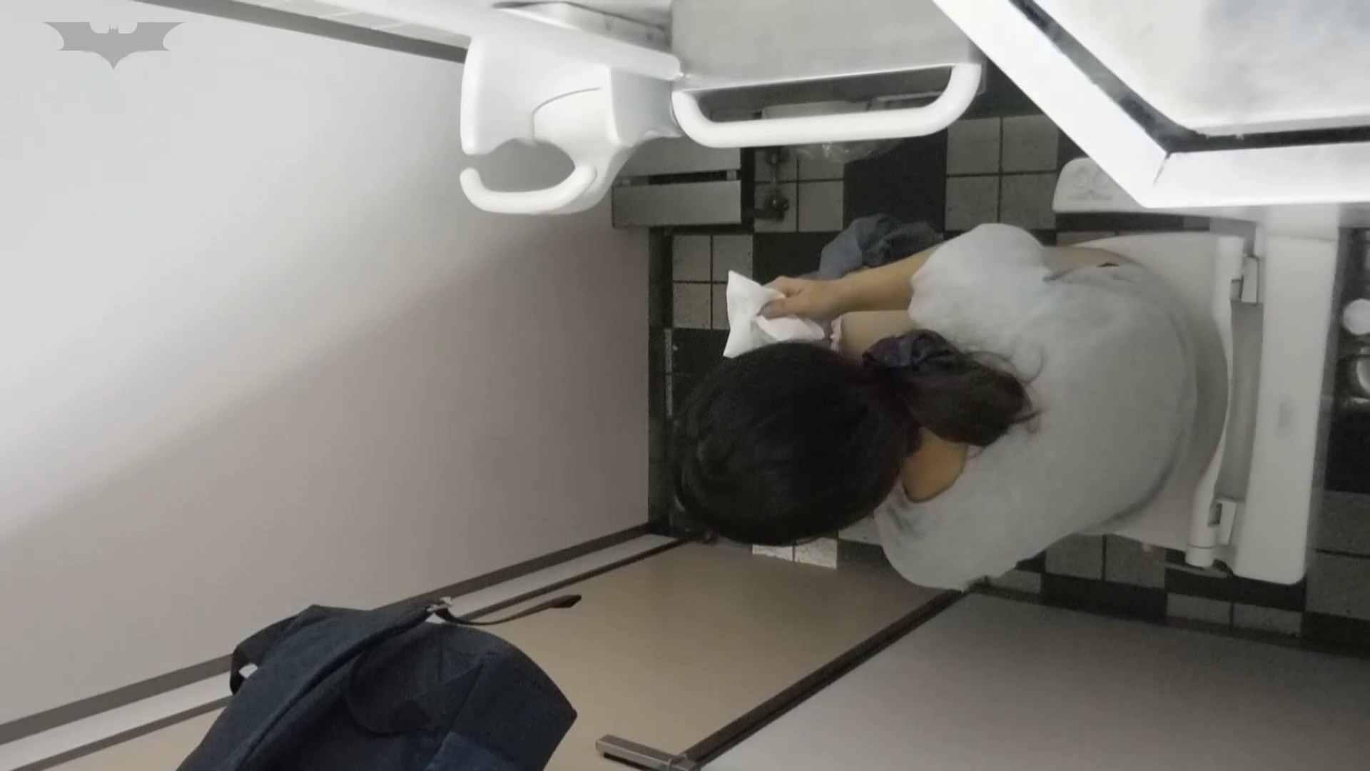 化粧室絵巻 駅舎編 VOL.20 今回は・・・ファッ!! いやらしいOL | 0  93連発 77