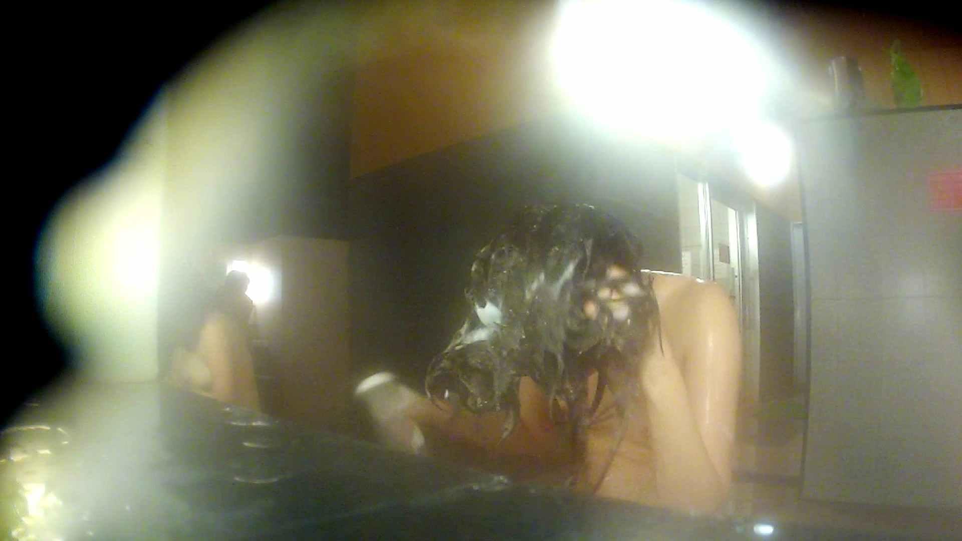 洗い場!前半のモヤを吹き飛ばす美貧乳お嬢さん 潜入 エロ画像 17連発 10
