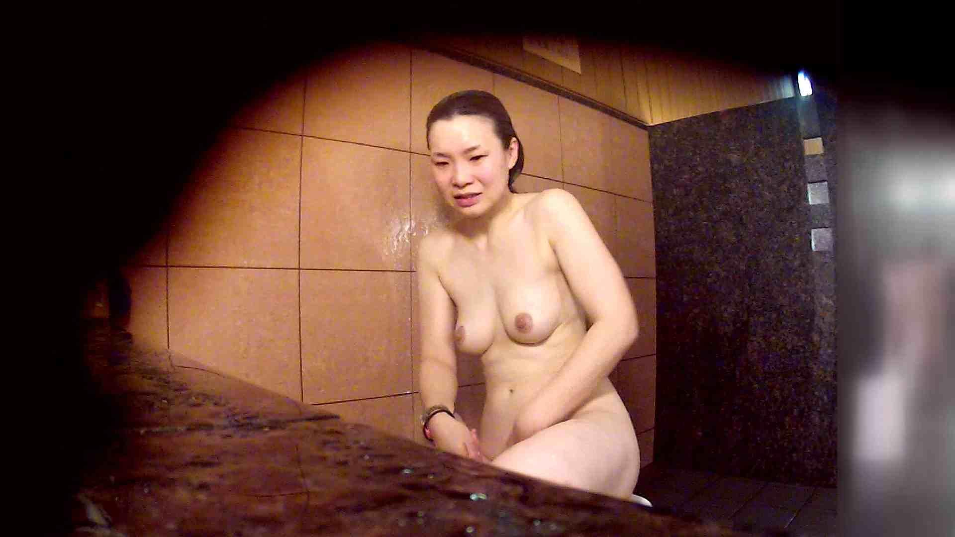 洗い場!マッスルお嬢さん!でもオッパイだけは柔らかそうです。 銭湯 性交動画流出 30連発 15