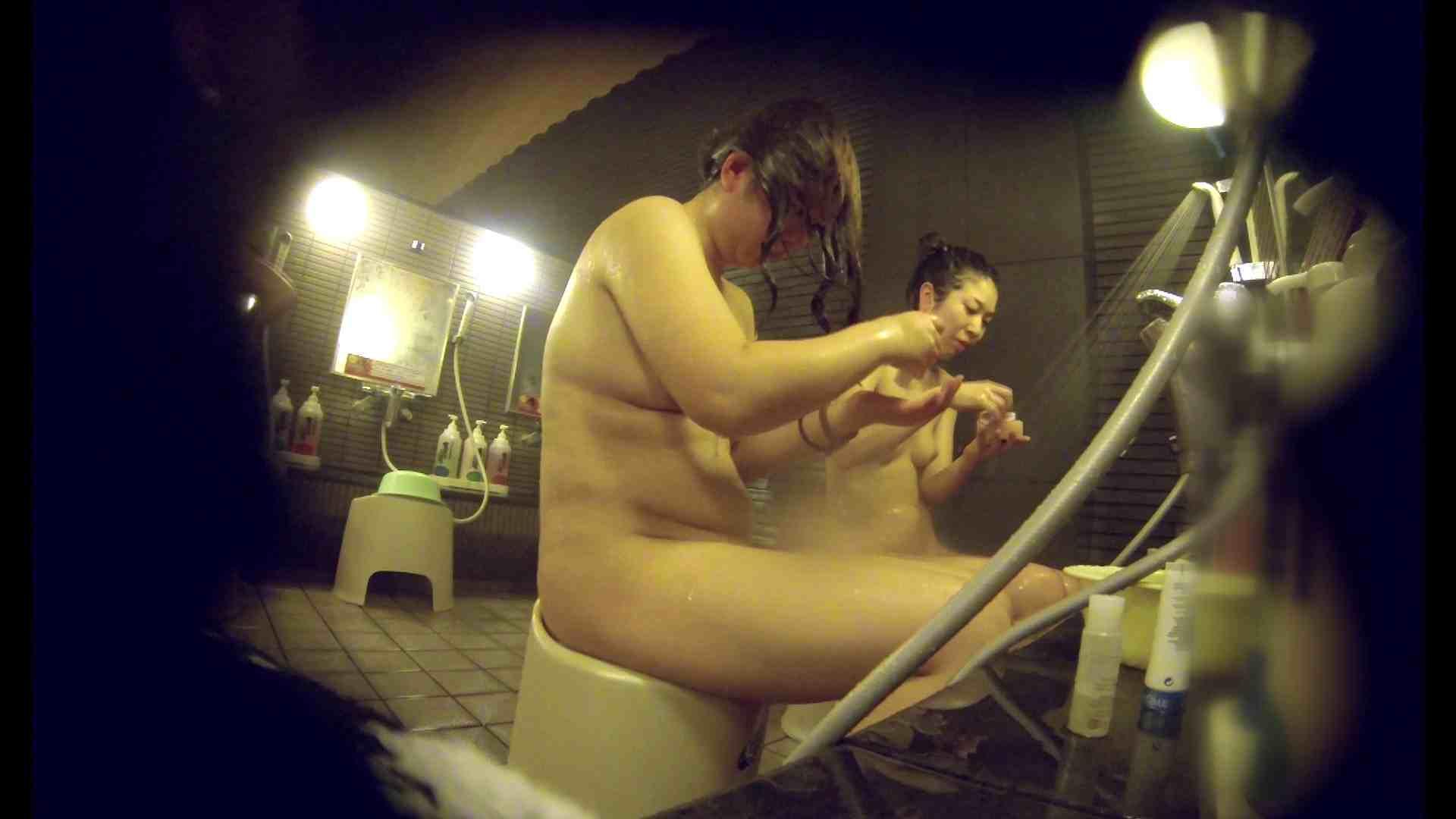 洗い場!んーーー残念なボディです。痩せれば抱けるかも? 0 | 0  80連発 61