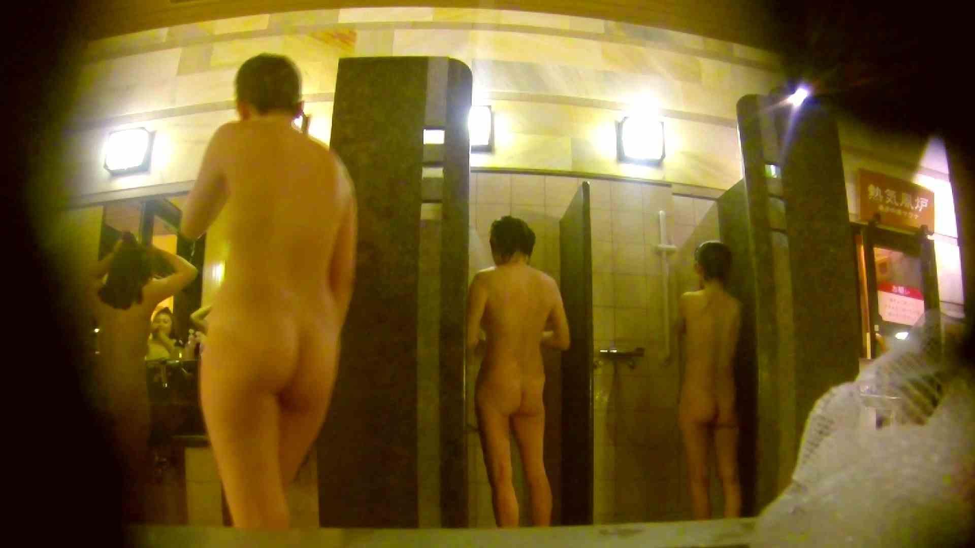 オムニバス!洗い場、通路など色々な裸体が見れてお得です。 潜入 濡れ場動画紹介 89連発 12