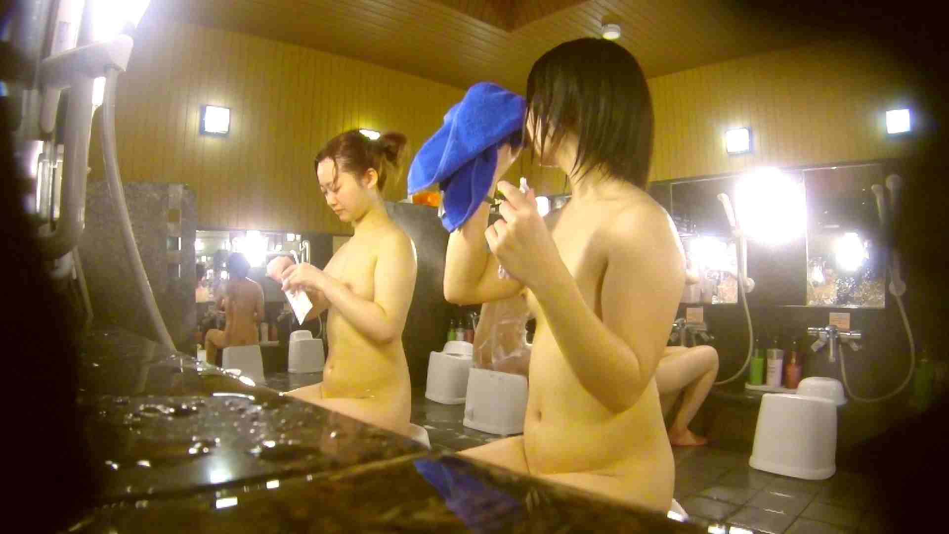オムニバス!洗い場、通路など色々な裸体が見れてお得です。 潜入 濡れ場動画紹介 89連発 32