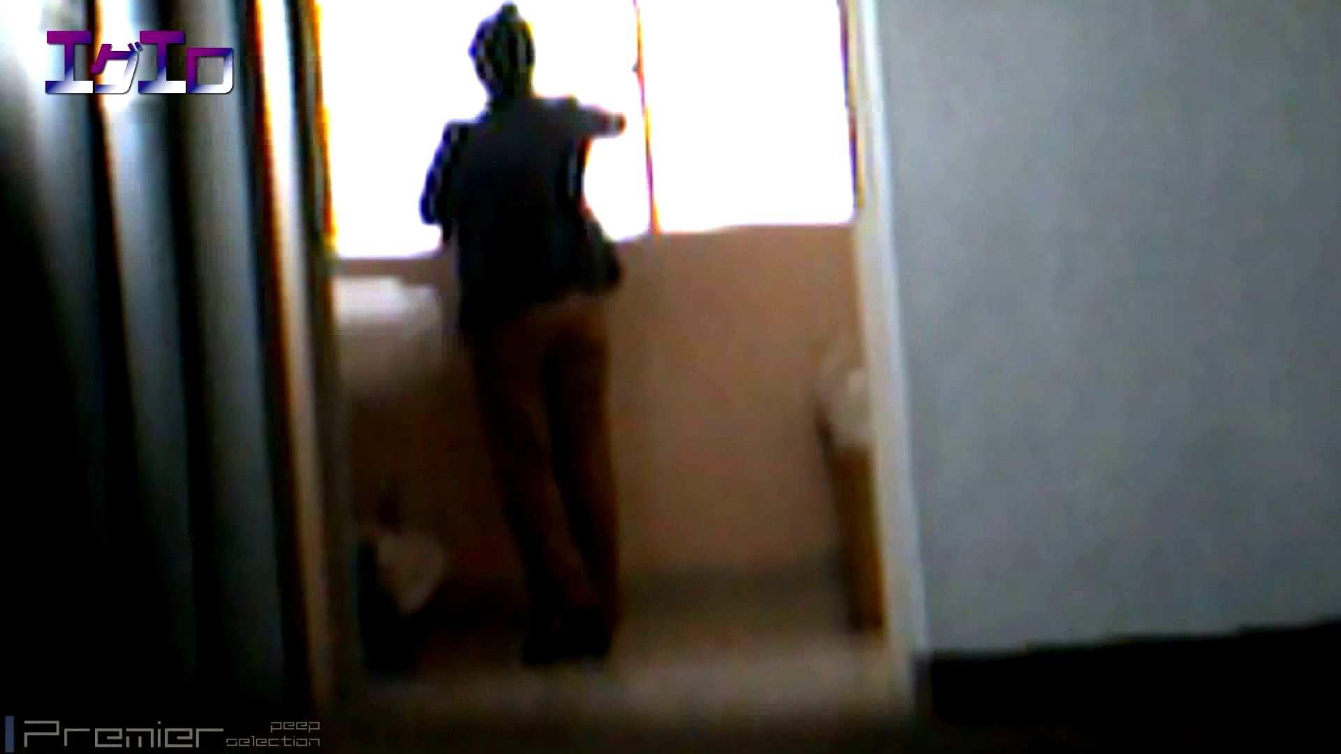 至近距離洗面所 Vol.09夏ギャルキタ~和式トイレ放nyoショー 和式 エロ無料画像 34連発 19