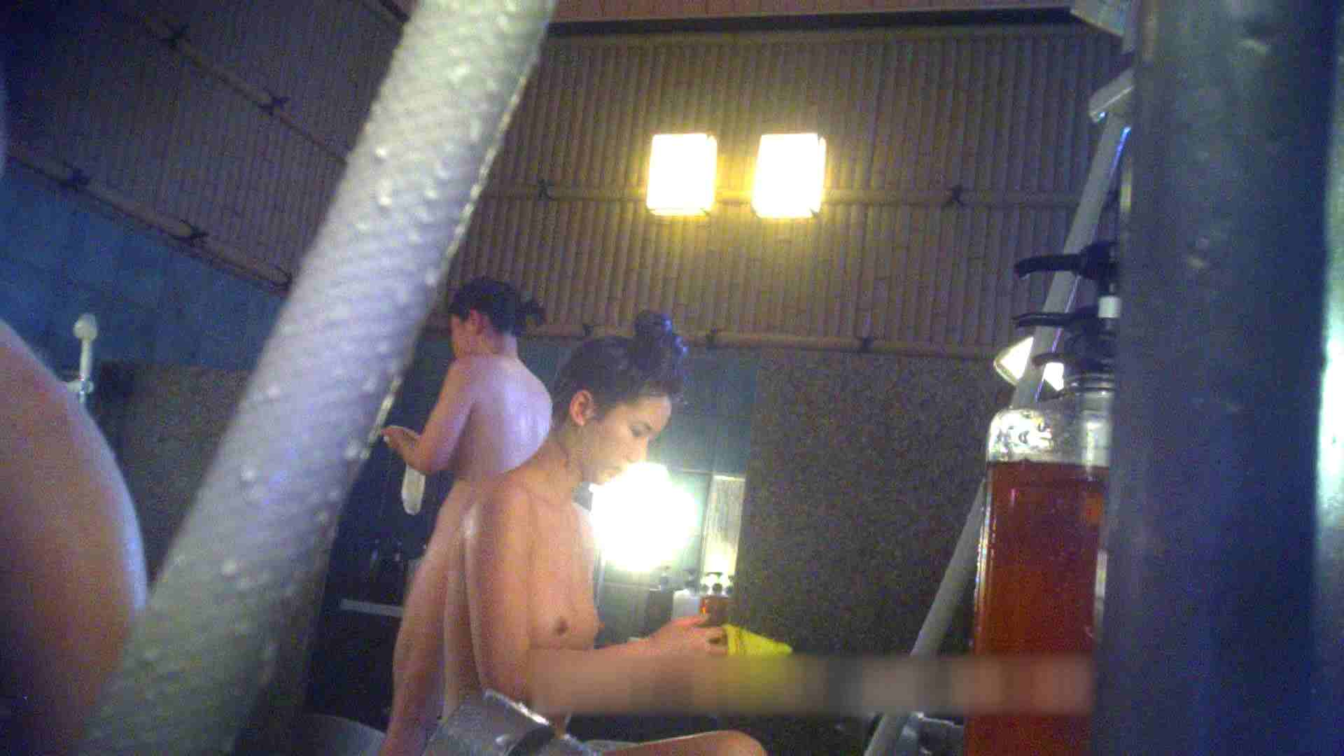 TG.15 【上等兵】高級旅館の爆乳女将で有名っぽい 女風呂着替え編 スケベ動画紹介 85連発 83