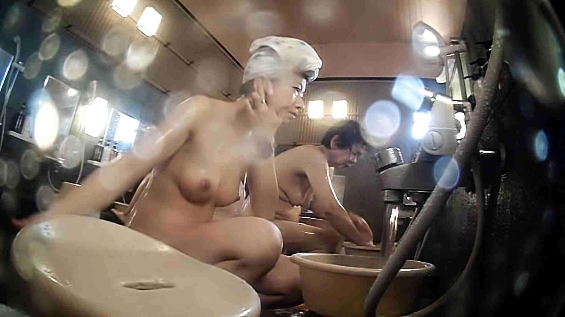[画質UP]TG.24 【一等兵】まずはお座りなさい!いや、そうじゃなくて。。。 女風呂着替え編 濡れ場動画紹介 91連発 11