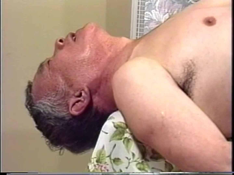無修正セックス盗撮:会社役員禁断の情事VOL.14:フェラ
