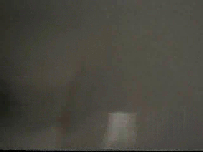 無修正セックス盗撮:都内某所!禁断のかわや覗き2009年度版VOL.1:リーマン系