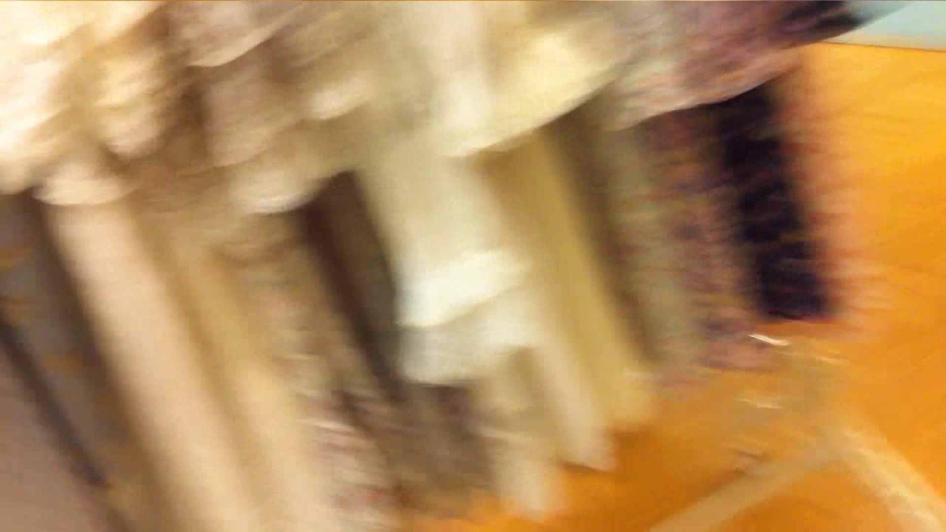 可愛いカリスマ店員限定‼胸チラ&パンチラ vol.10 お姉さんの胸チラ 盗撮画像 56連発 5