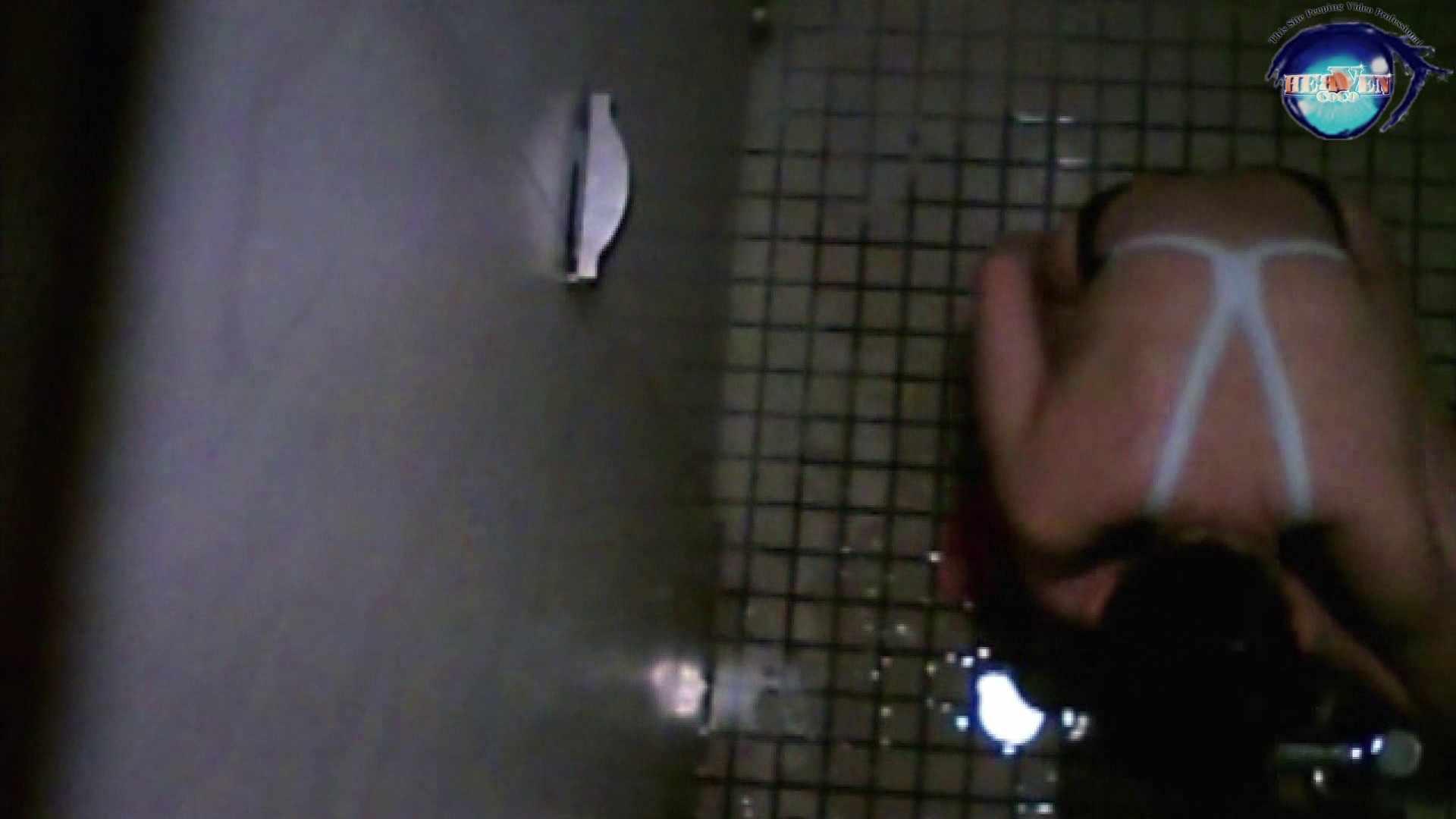 水泳大会選手の聖水 vol.19 トイレの中の女の子 オメコ無修正動画無料 18連発 10