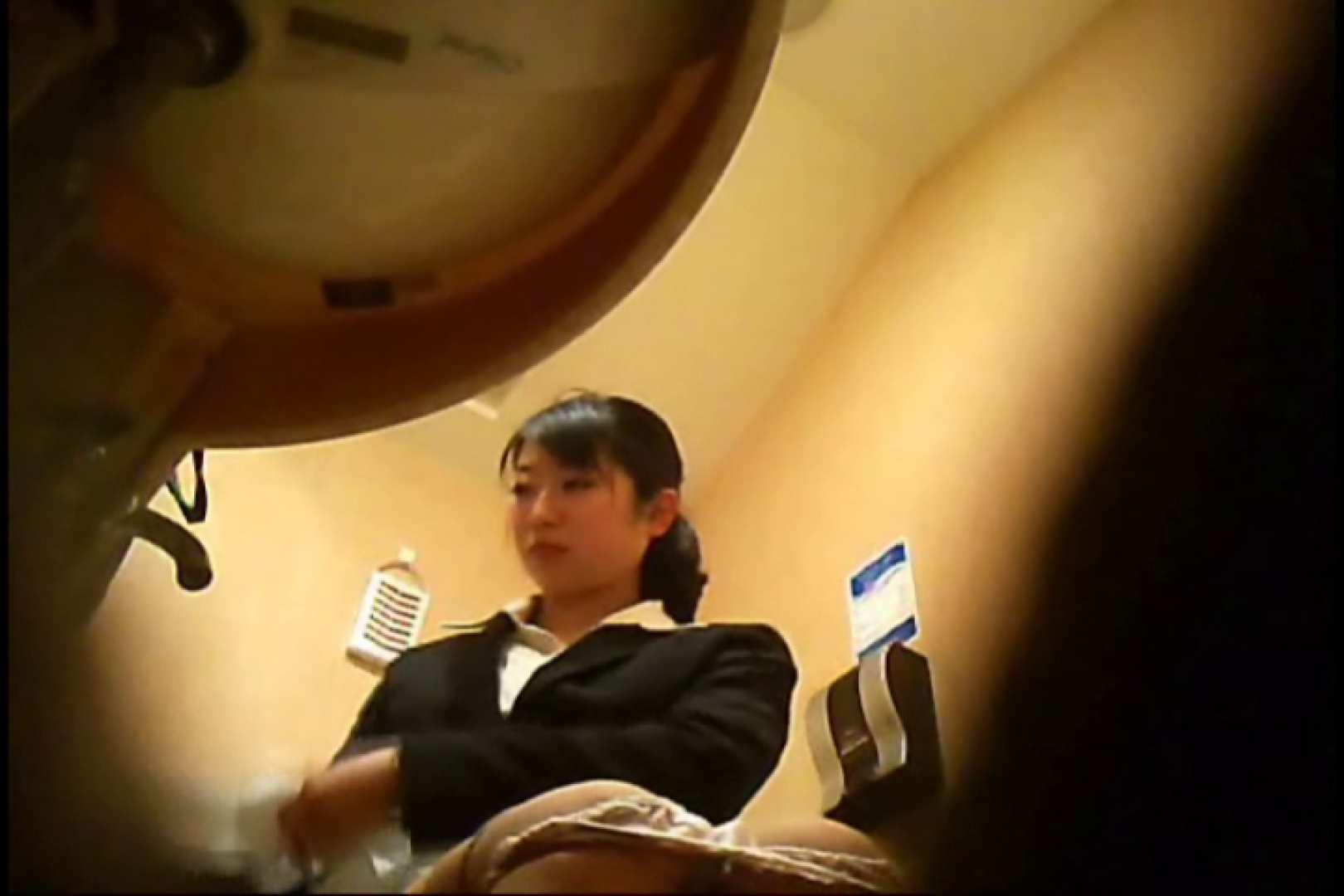 潜入!!女子化粧室盗撮~絶対見られたくない時間~vo,17 0  76連発 8