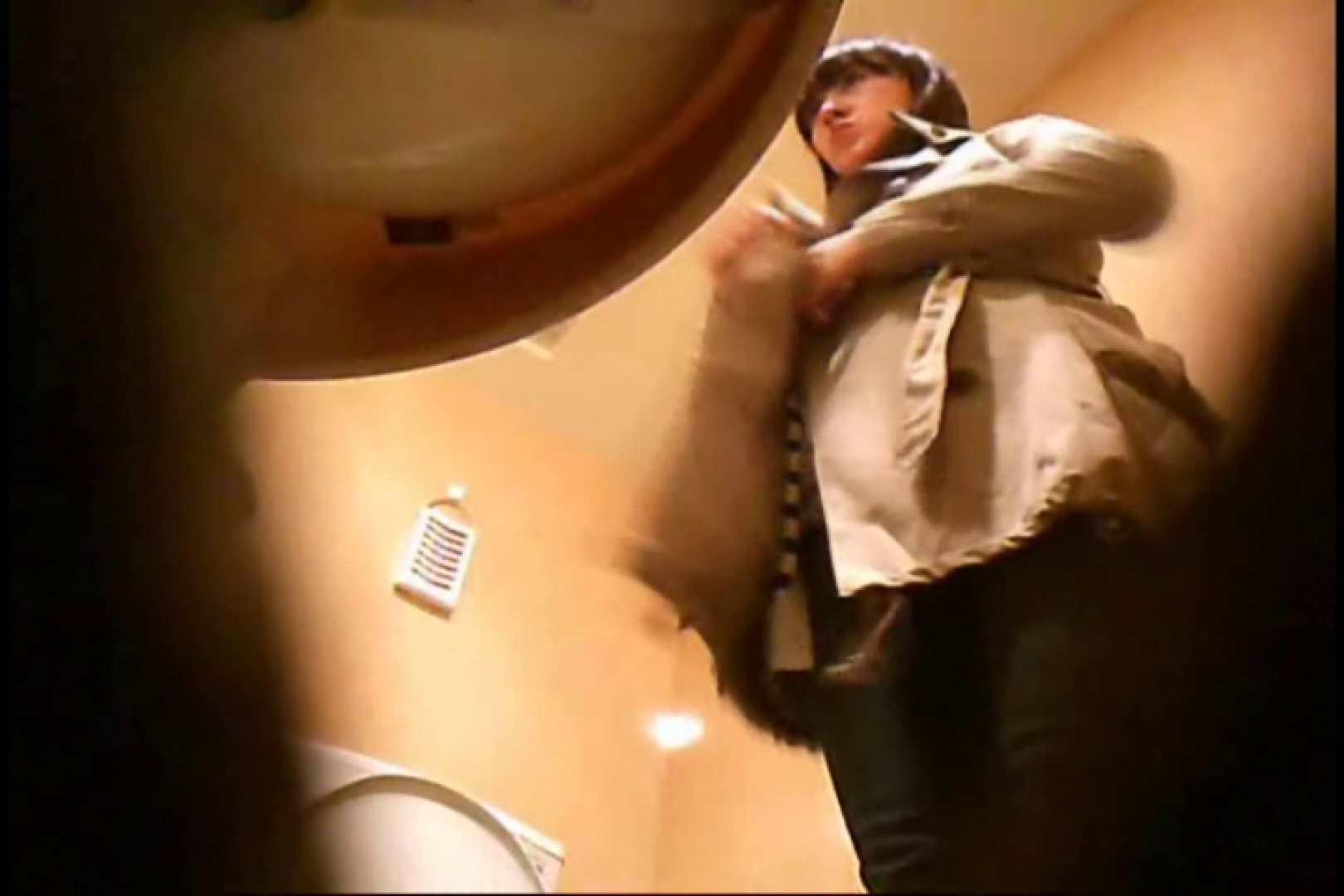 潜入!!女子化粧室盗撮~絶対見られたくない時間~vo,17 丸見え エロ画像 76連発 47