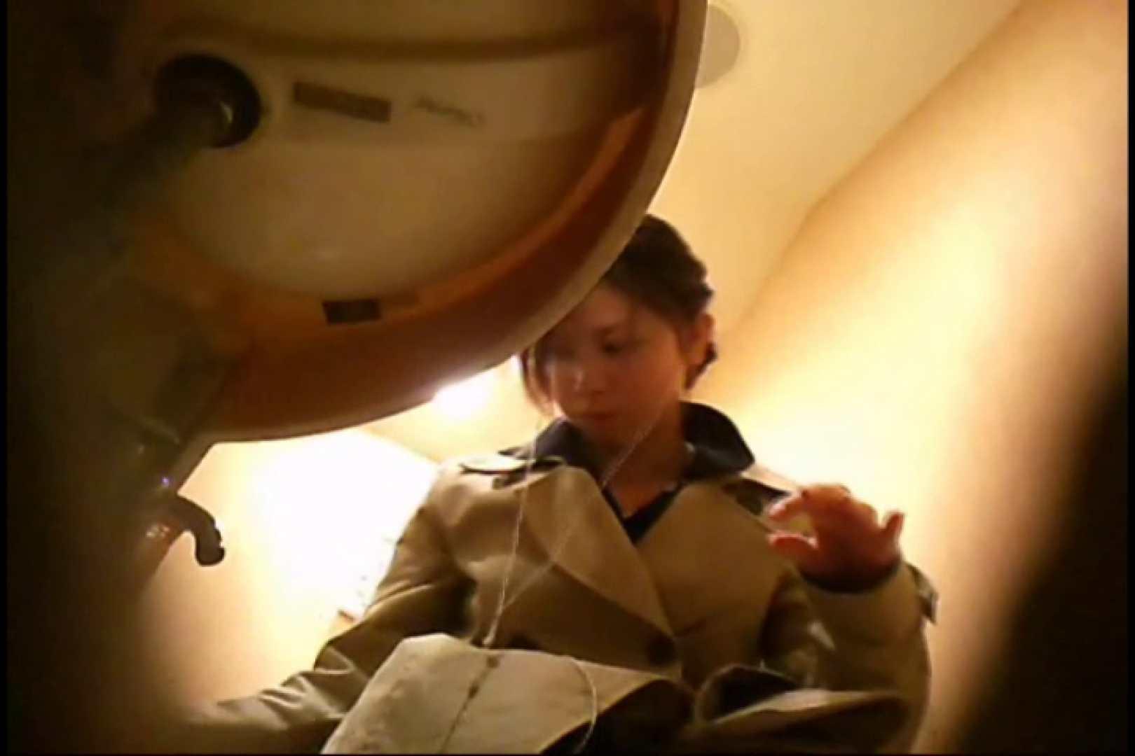 潜入!!女子化粧室盗撮~絶対見られたくない時間~vo,28 潜入 セックス画像 33連発 32