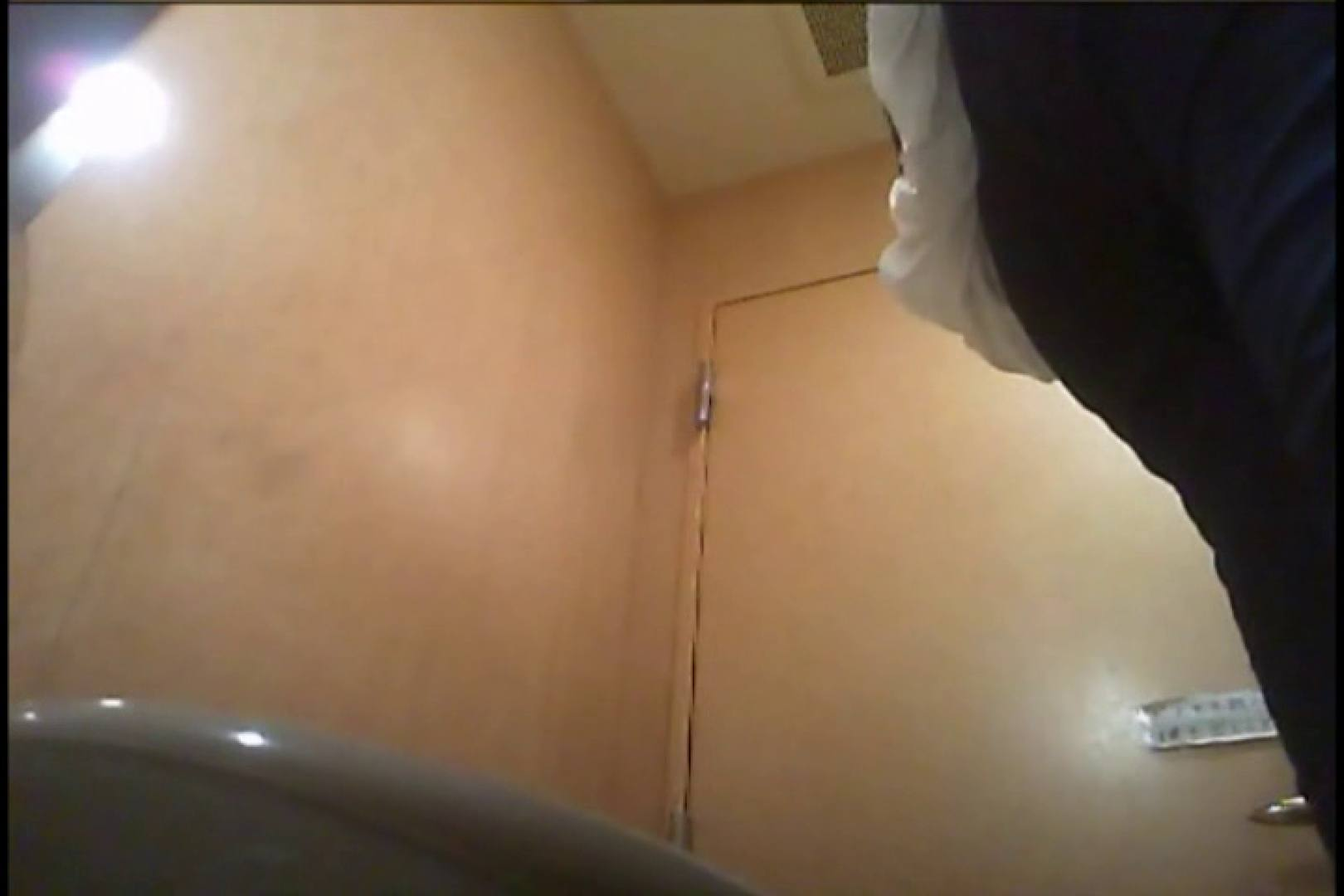 潜入!!女子化粧室盗撮~絶対見られたくない時間~vo,36 パンツ おまんこ無修正動画無料 20連発 19