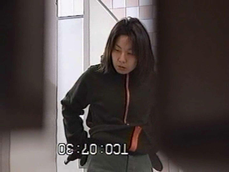 秘宝伝厠盗撮録! 潜入編 お顔バッチリ! 盗撮大放出 おめこ無修正動画無料 25連発 23