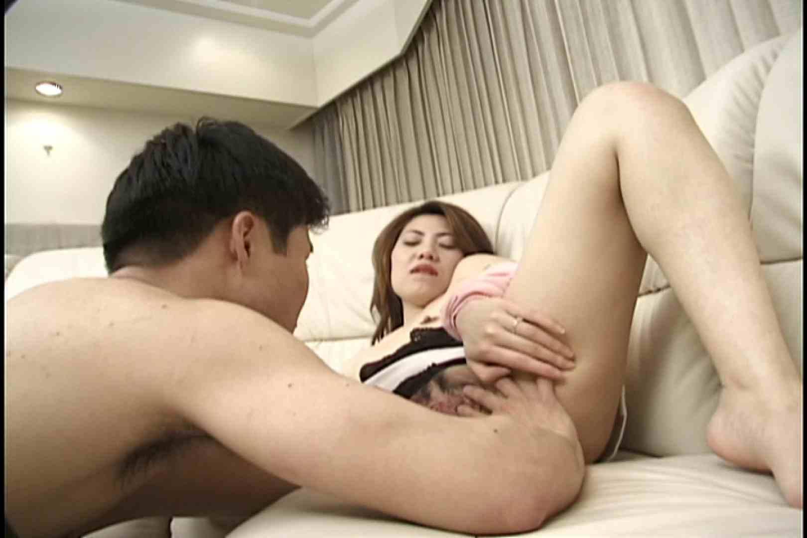 欲求不満の人妻がエロいフェラで男を虜に~川本亜矢子~ 手マン 盗撮画像 96連発 53