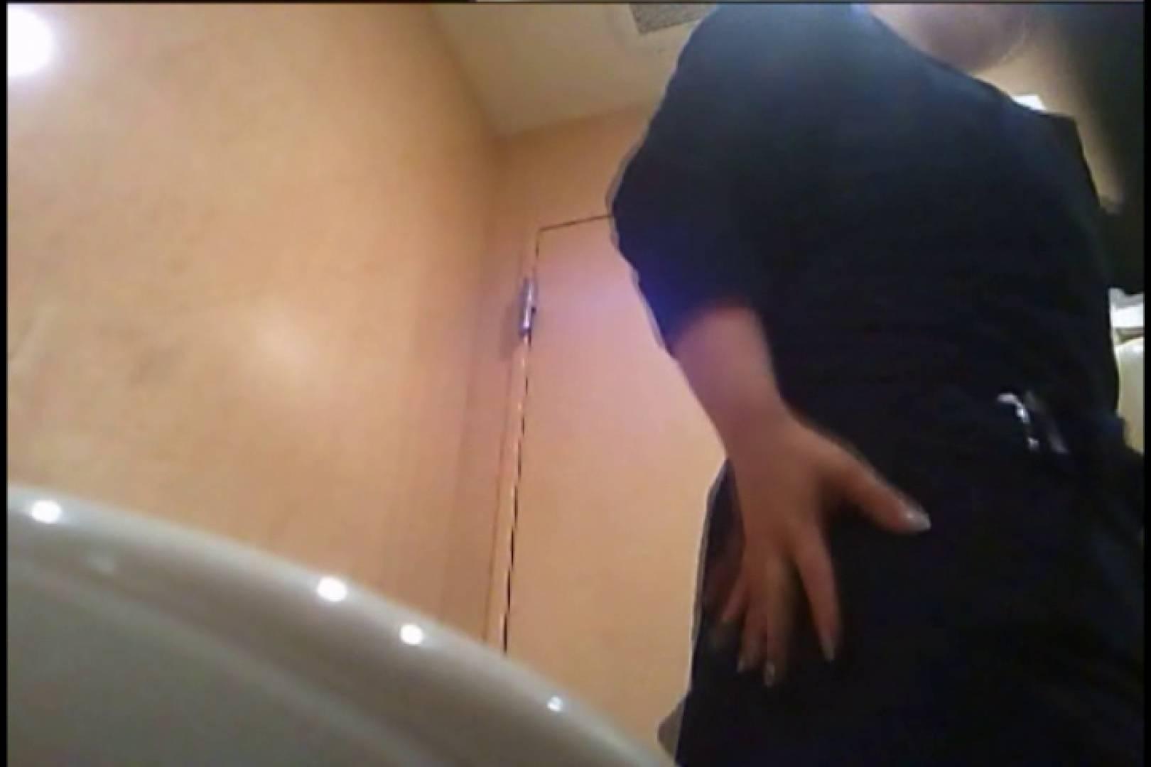 潜入!!女子化粧室盗撮~絶対見られたくない時間~vo,30 チラ オマンコ動画キャプチャ 62連発 32