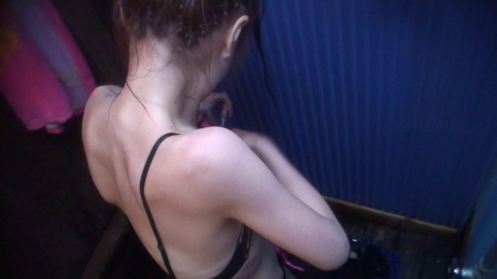 シャワールームは超!!危険な香りVol.9 可愛い顔してやることは大胆です シャワーシーン ヌード画像 68連発 11
