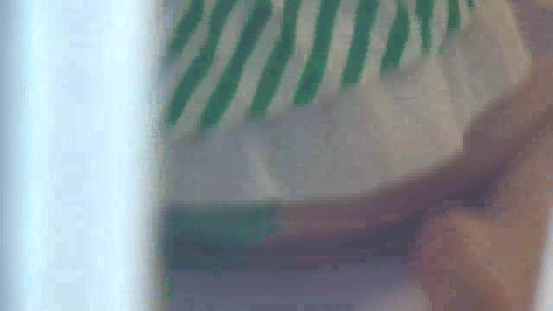 老舗ペンション2代目オーナーが流出したお宝映像Vol.1 覗き ヌード画像 82連発 39