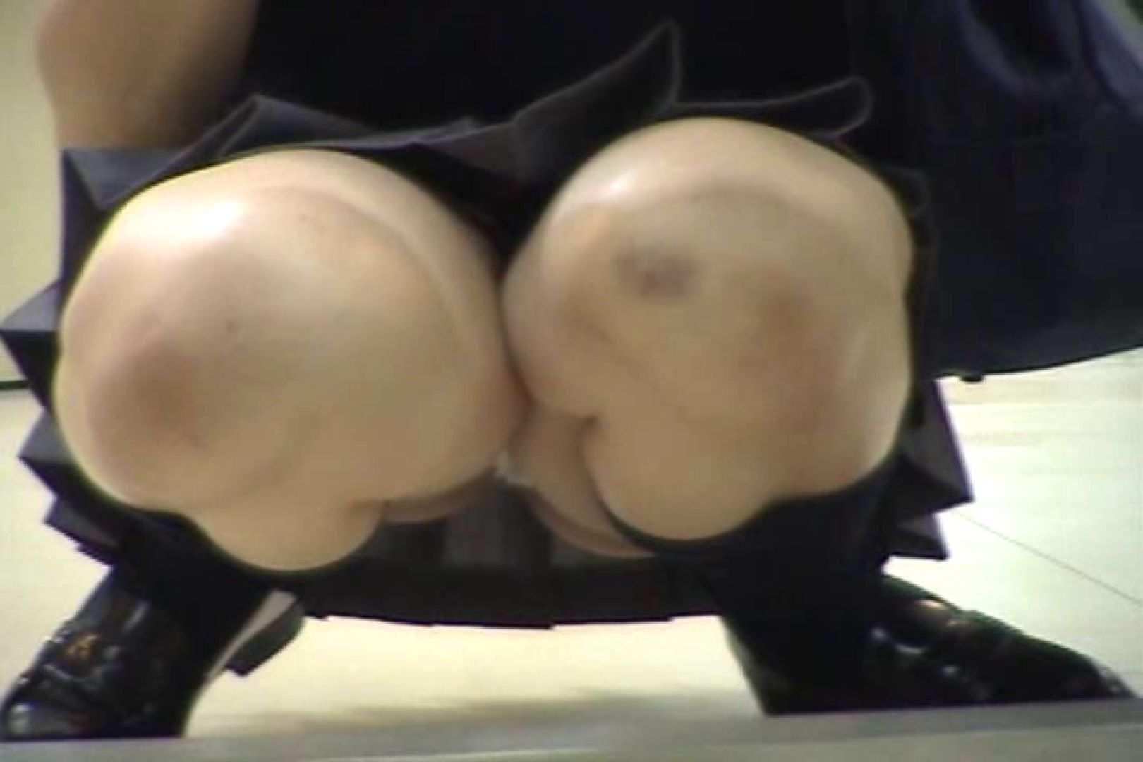 パンチラ局部接写!低空飛行Vol.12 チラ オマンコ無修正動画無料 53連発 14