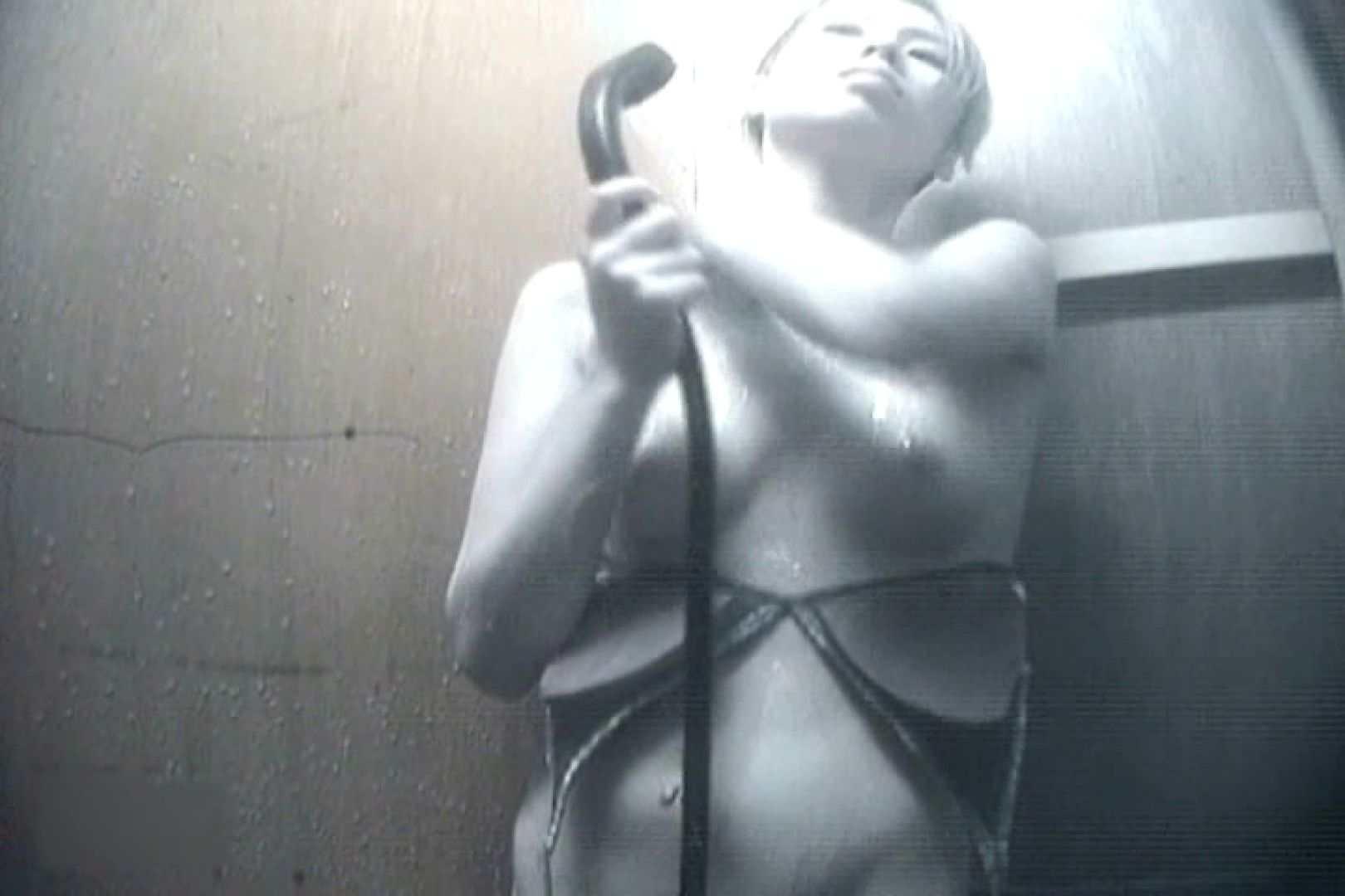 夏海シャワー室!ベトベトお肌をサラサラに!VOL.14 いやらしいOL オメコ動画キャプチャ 81連発 2