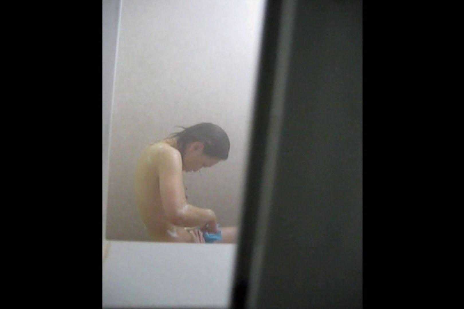 投稿者ハイロスさんのドキドキ覗き主観!VOL.01(一般女性5名 民家浴場編) 民家 ヌード画像 92連発 24