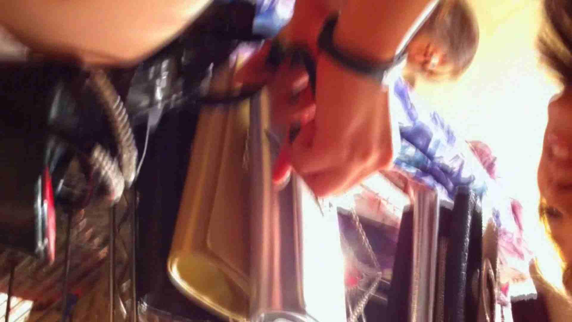 フルHD ショップ店員千人斬り! 大画面ノーカット完全版 vol.23 お姉さんの胸チラ エロ画像 70連発 64